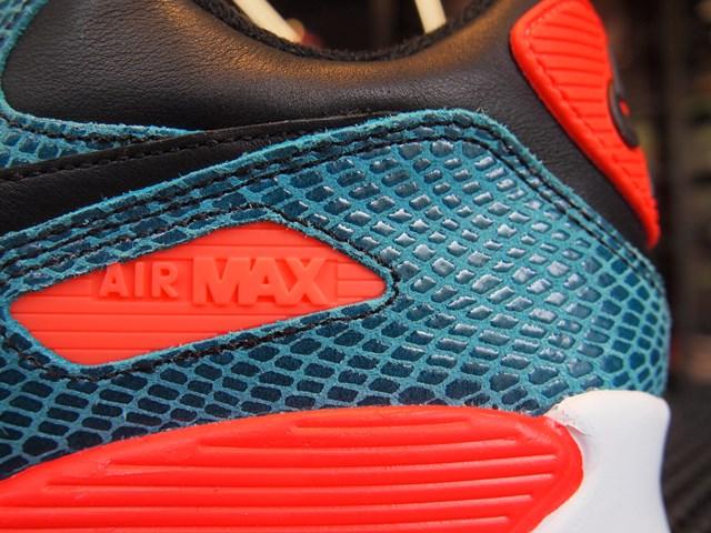 NIKE Air Max Thea Joli 725118 001 Sneakers Women Entrancing